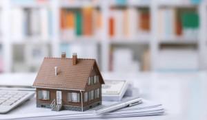 Podatek od sprzedaży nieruchomości mieszkania domy dzialki darowizna jak obliczyc jak uniknac