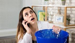 Co zrobić gdy dochodzi do zalania mieszkania kto ponosi koszty zalania mieszkania ubezpieczenie nieruchomości na wypadek zalania wodą