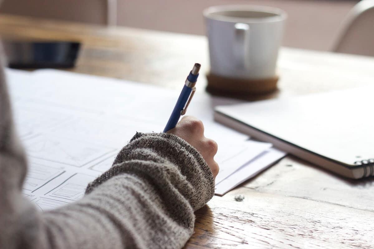 jak uzyskać odpisz z księgi wieczystej tradycyjnie w urzędzie i elektronicznie przez internet
