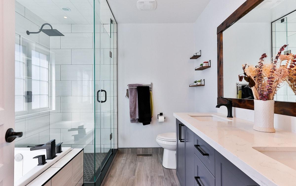 Co na ścianę w kuchni? Pomysły i porady