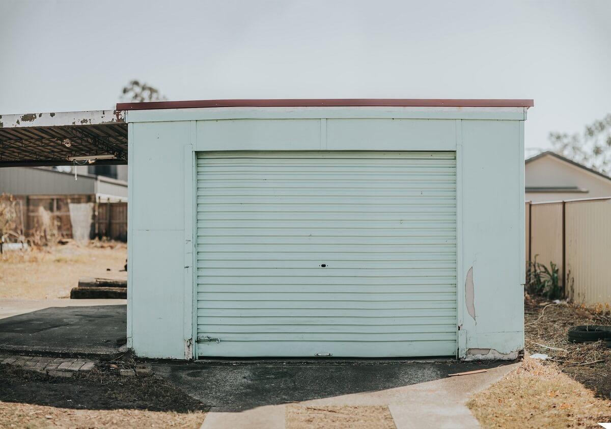 Jak ocieplić blaszany garaż?